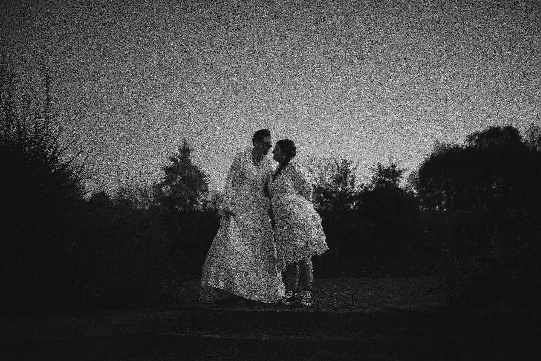 les bulles de bonheur _ mariage gay _ ceremonie laique de nuit _ ceremonie laique champetre & conver (23)
