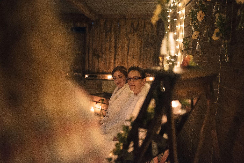 les bulles de bonheur _ mariage gay _ ceremonie laique de nuit _ ceremonie laique champetre & conver (29)