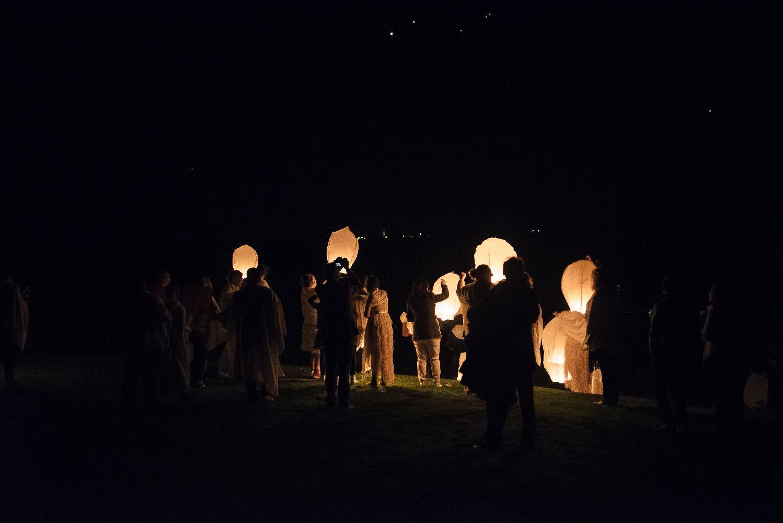 les bulles de bonheur _ mariage gay _ ceremonie laique de nuit _ ceremonie laique champetre & conver (97)