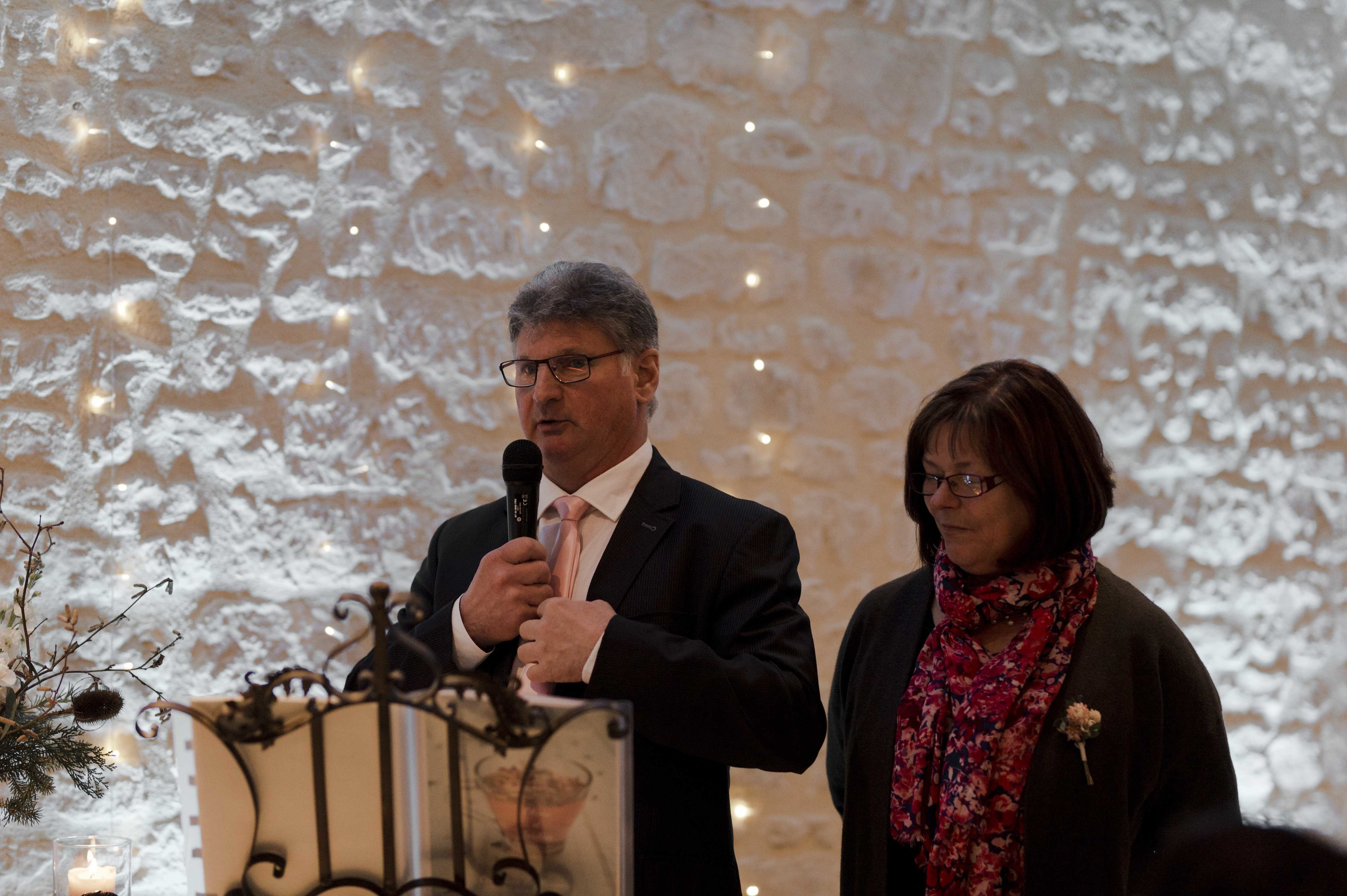solveig-et-ronan-le-colombier-du-manoir-mariage-hiver-normandie-les-bulles-de-bonheur-wedding-planner-ceremonie-officiant
